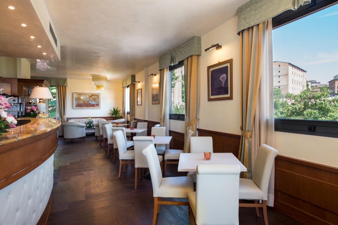 Photo gallery four star hotel in siena hotel athena siena for Accomodation siena
